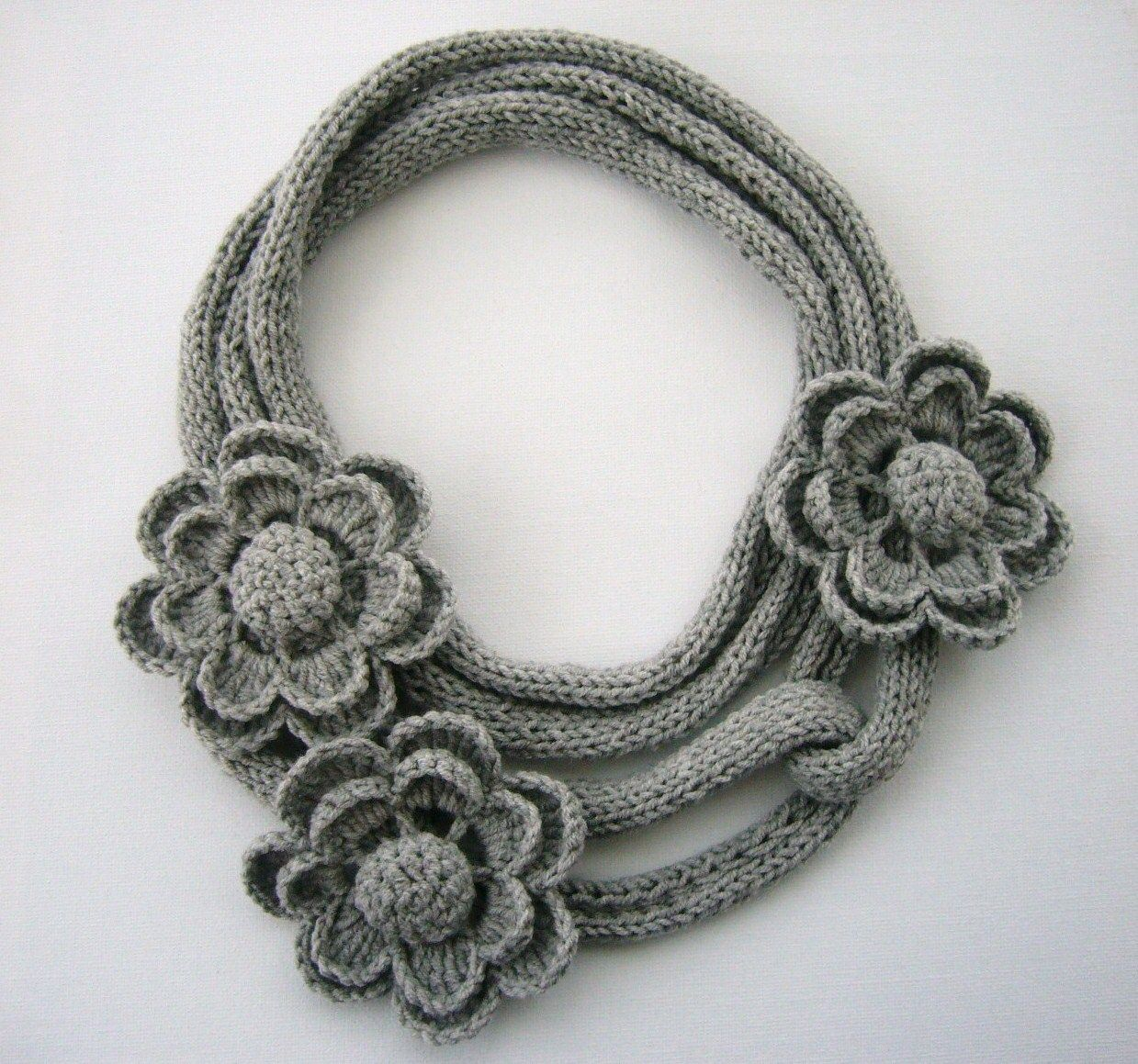 Crochet Applique Flowers and Leaves Set Any Colour - Made to Order ...