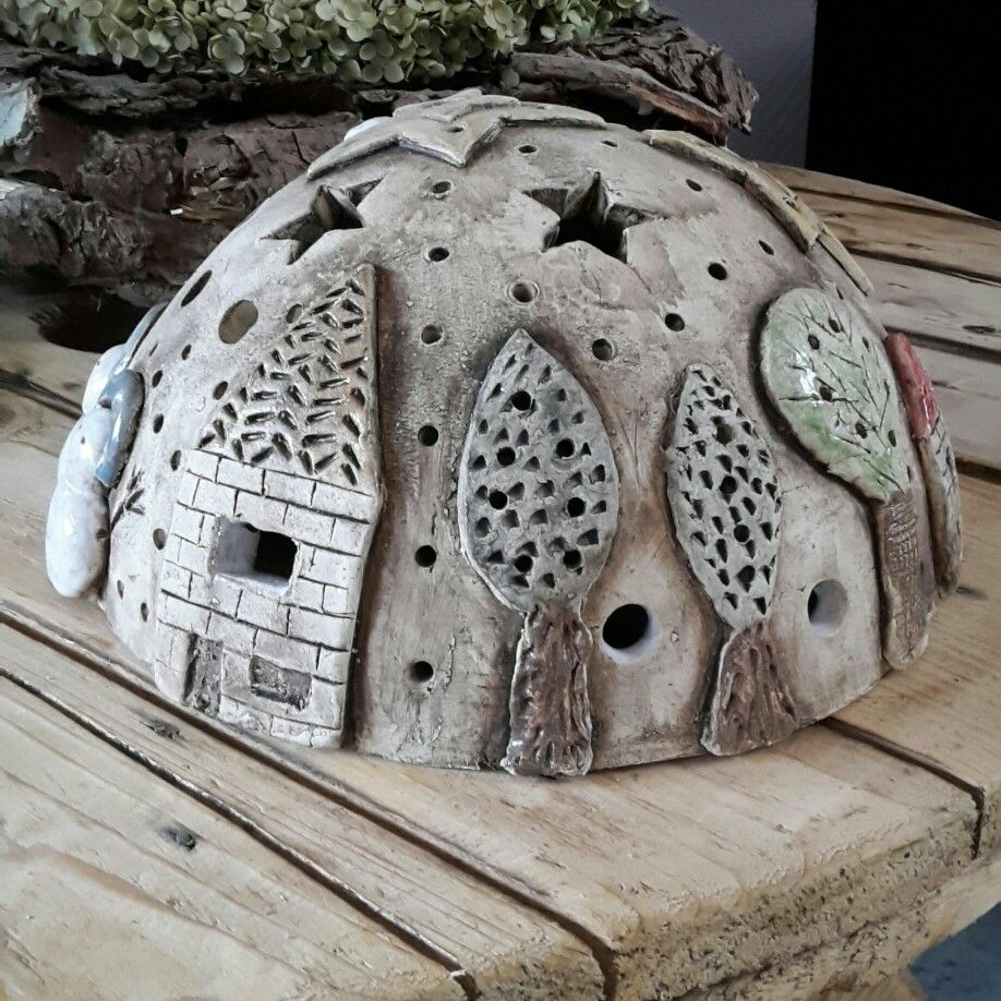 Turn into toads house for garden #tazasceramica