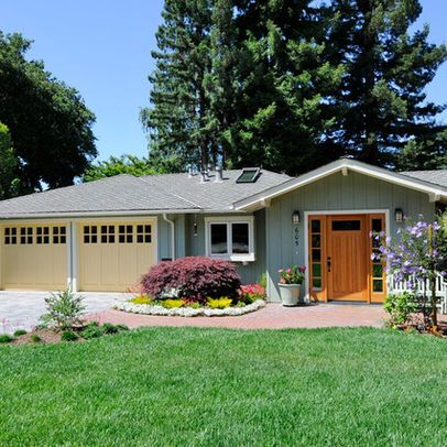 Traditional Exterior Photos Ranch Style Design Pictures Remodel Decor And Ideas Page 9 Ranch Style Homes Ranch Remodel House Exterior