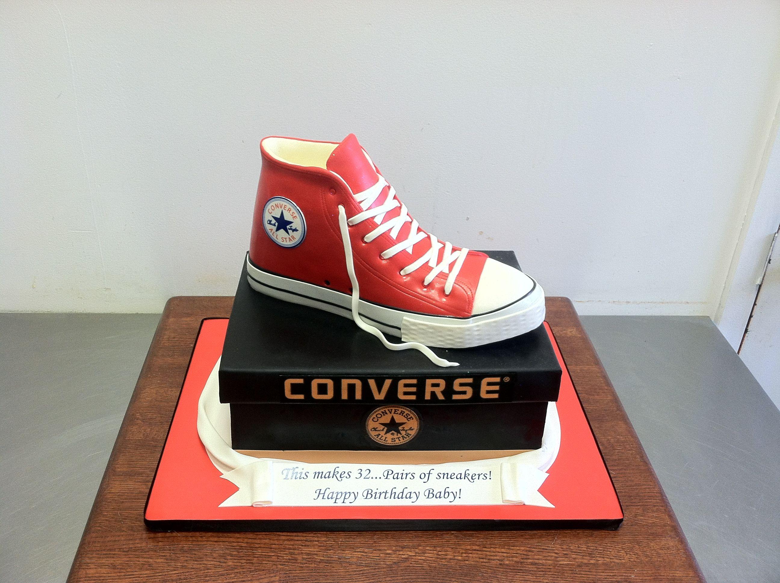 Converse all star cake | Converse cake, Happy birthday