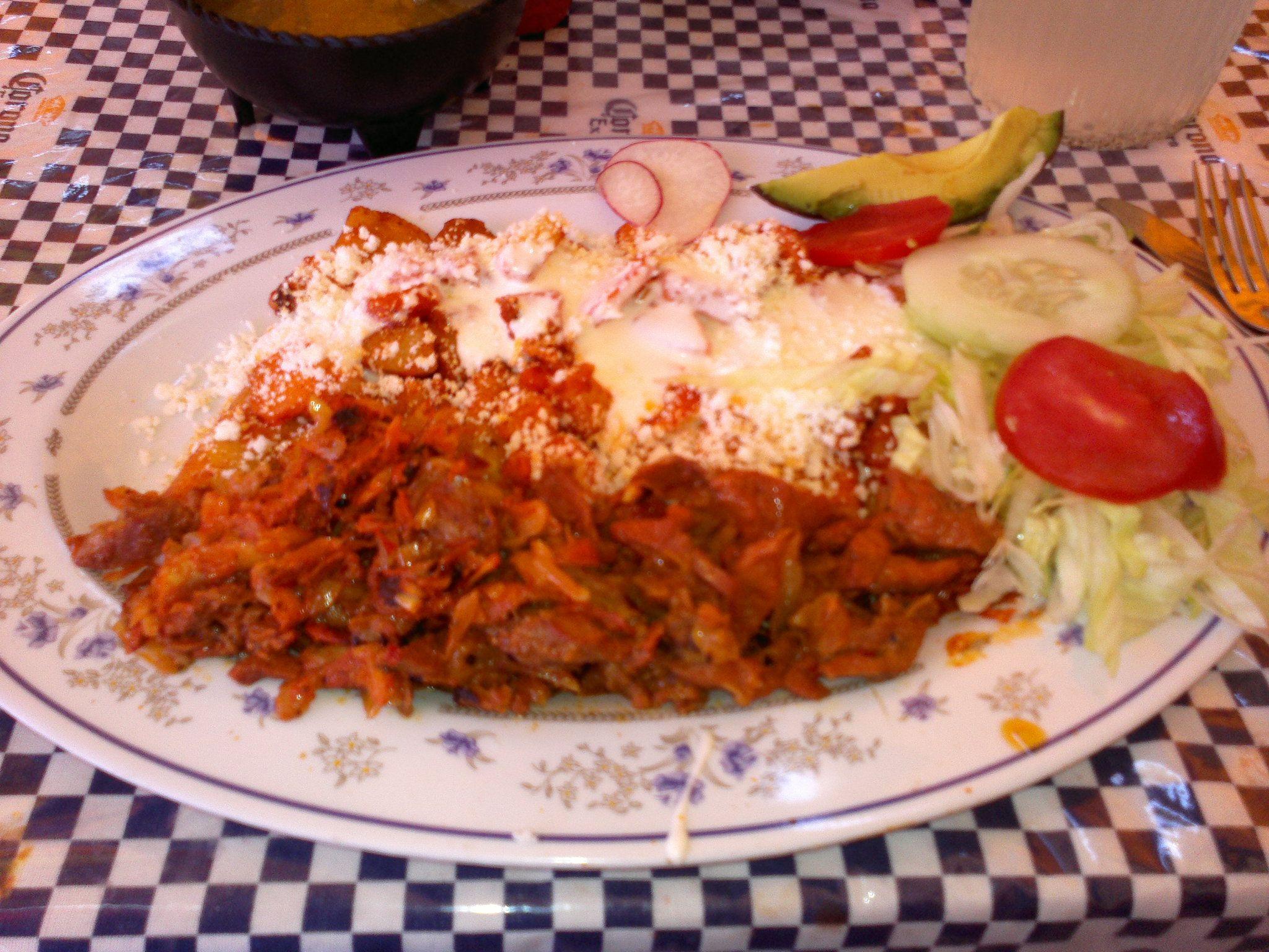 'Enchiladas con carne al pastor' Feria de San Marcos, Aguascalientes MX