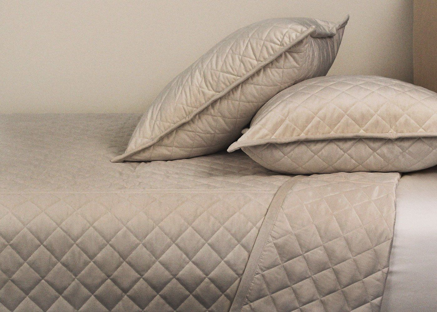 Diamond Quilted Velvet Coverlet and Euro Sham Set in 3 Colors - Queen / Taupe