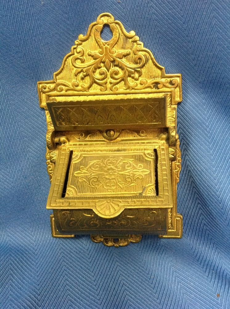 ANTIQUE Heavy Metal Or Brass  Victorian Wall Match Safe Holder