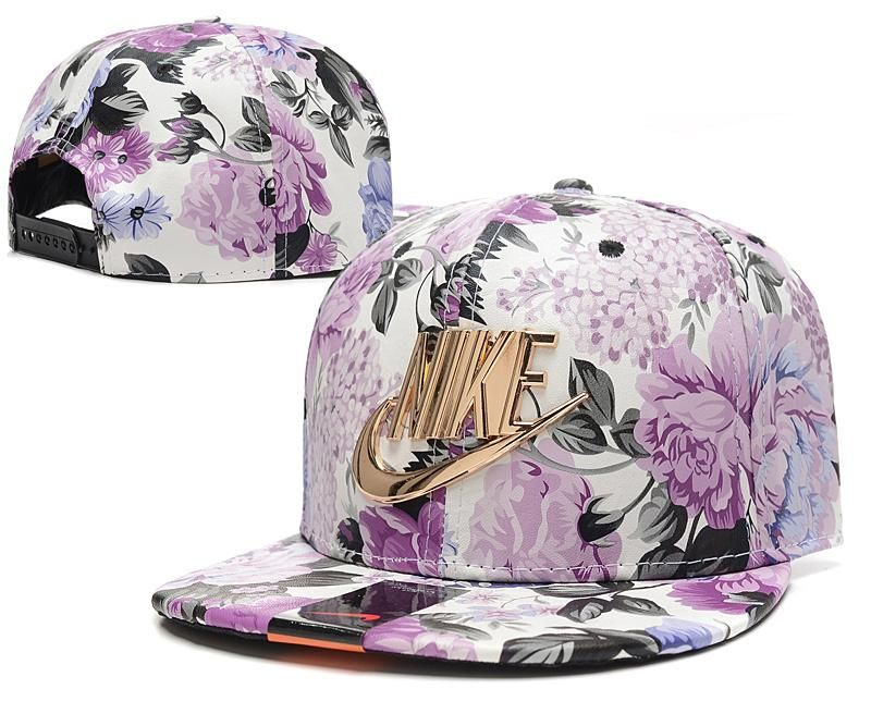 Men s Nike Futura True Nike Gold Metal Check   Logo Snapback Hat - Full  Floral 65095a72fe