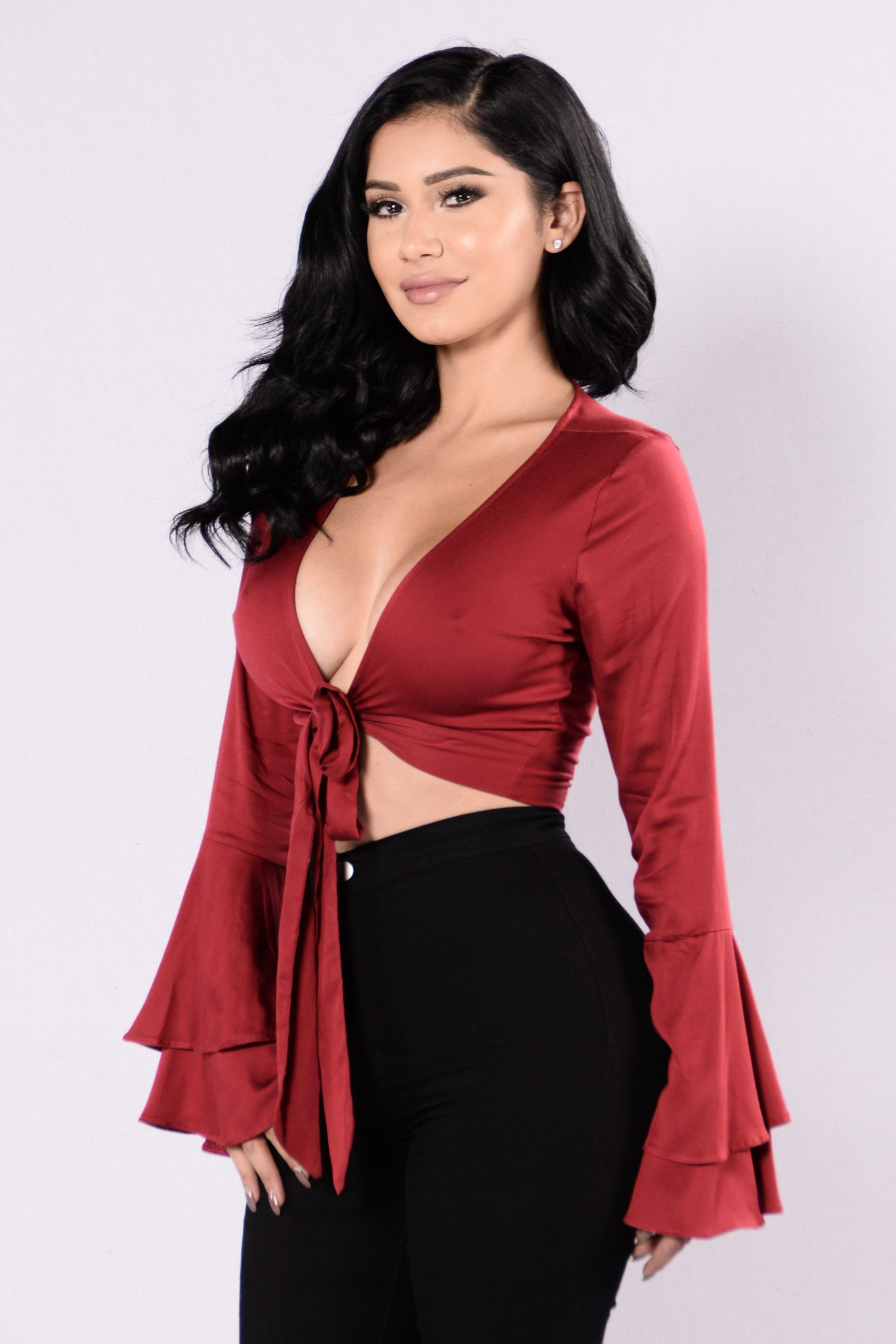 Sealed With A Bow Top - Burgundy  a00569018