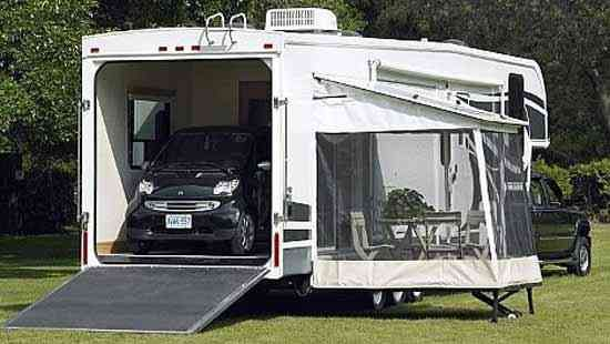c7ae814e09 Side deck exterior Fifth Wheel Toy Haulers