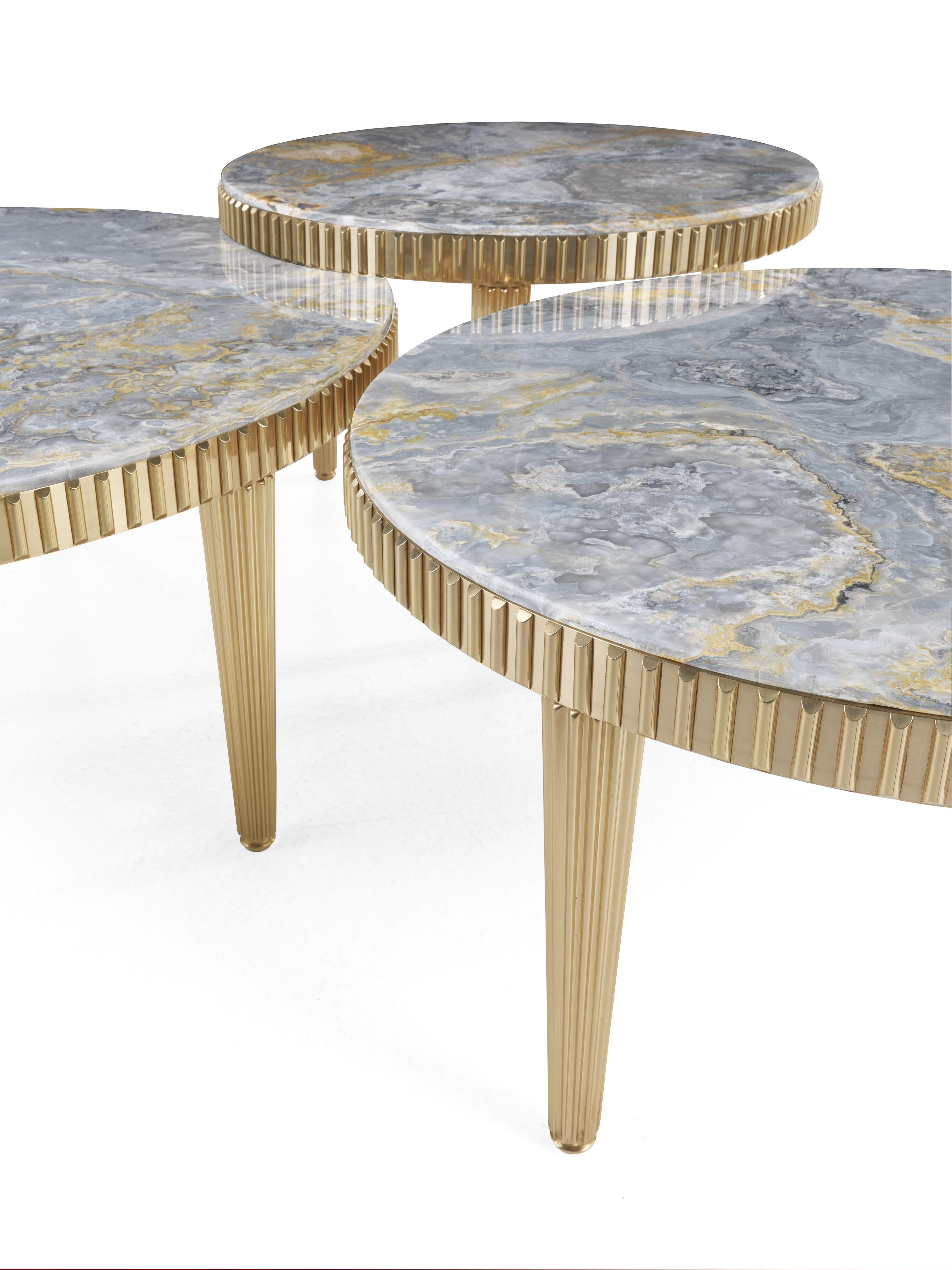 Jumbo Collection Andromeda Side Table Furniture Mirrored Furniture Furniture Design [ 5000 x 3750 Pixel ]