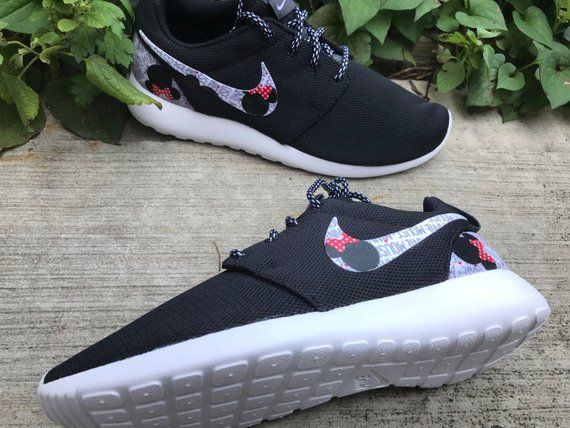 detailed pictures a84d6 2e3b6 Minnie Mouse Custom Nike Roshe One   Etsy