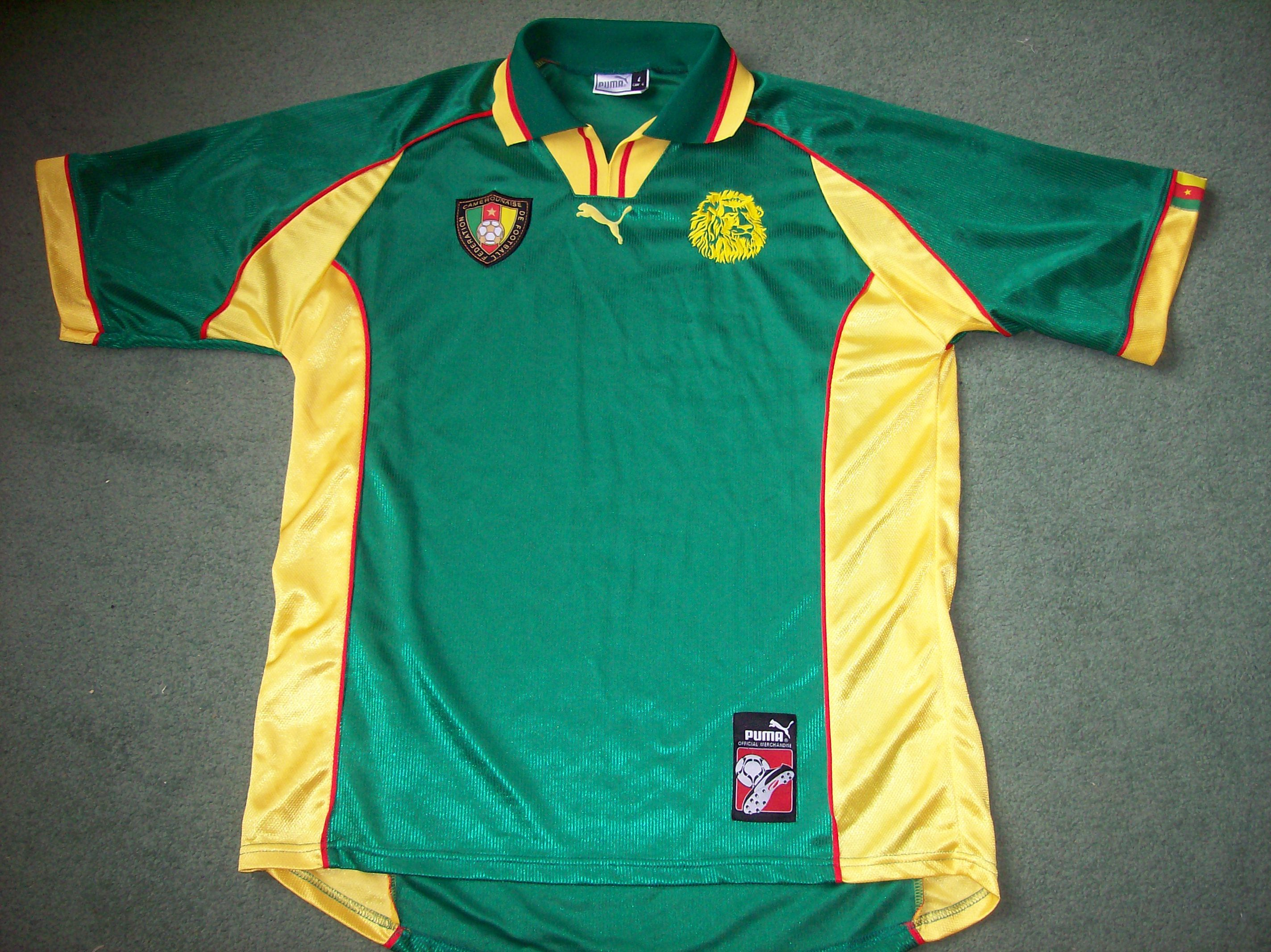 c37076728817 Cameroon Football Shirt from 1998/99 Classic old football shirts ...
