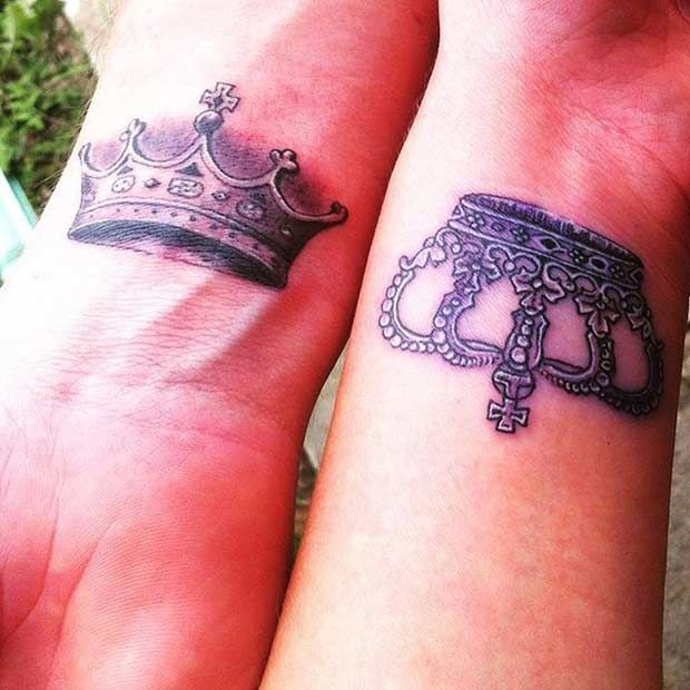51 king and queen tattoos for couples tatouage. Black Bedroom Furniture Sets. Home Design Ideas