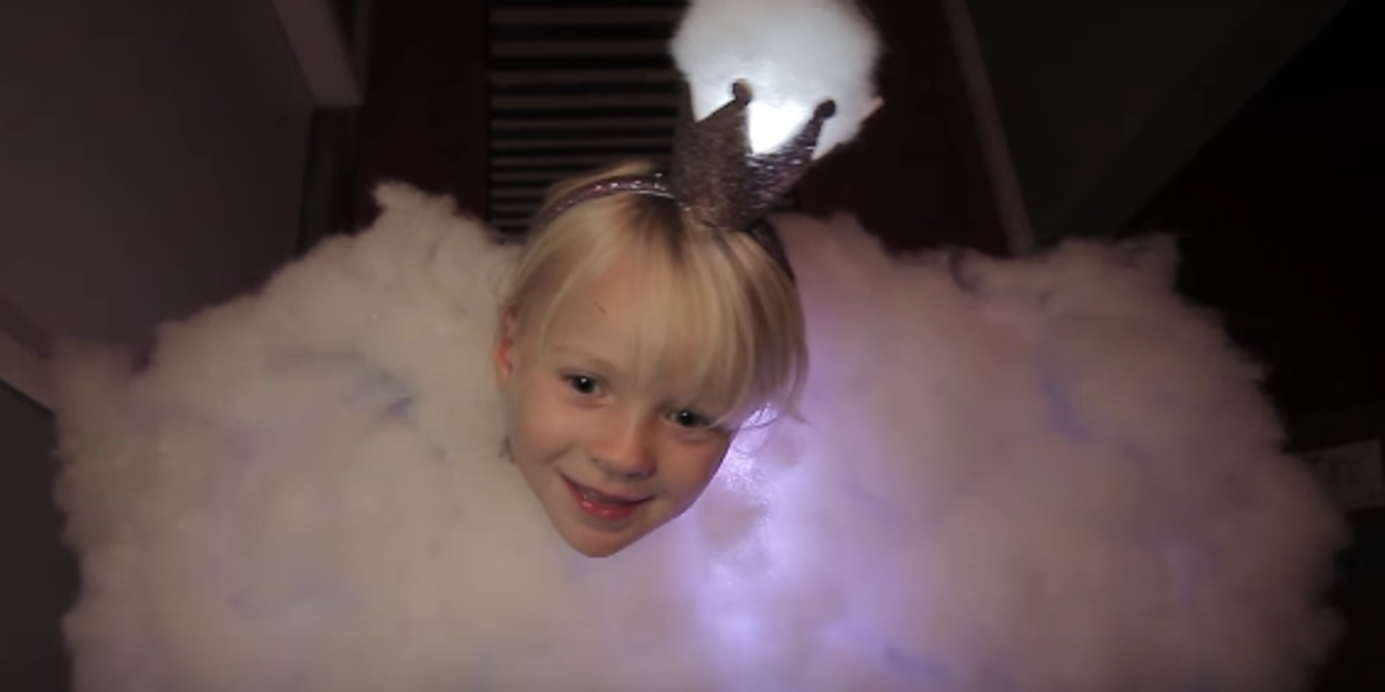 You've Gotta See This Kid's Light-Up Cloud Costume To Believe It | Huffington Post