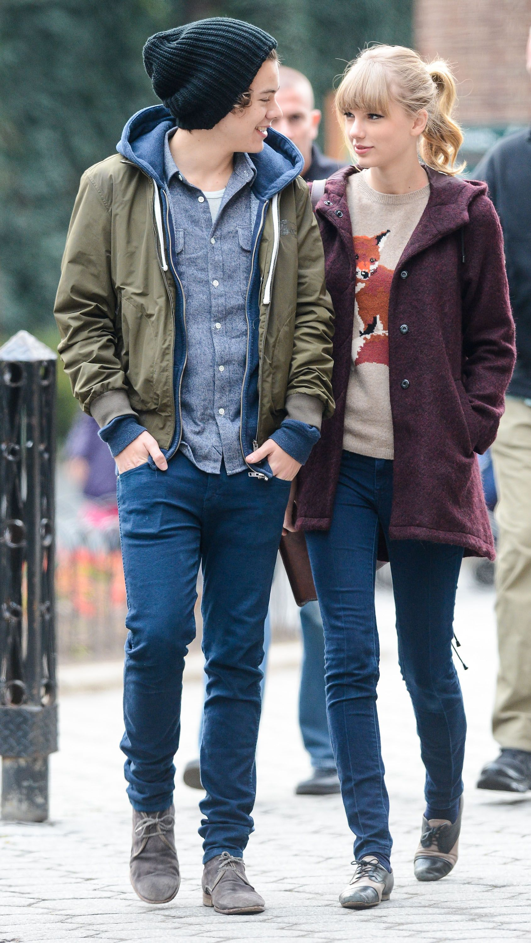 Report Taylor Swift Briefly Dated One Direction s Harry Styles