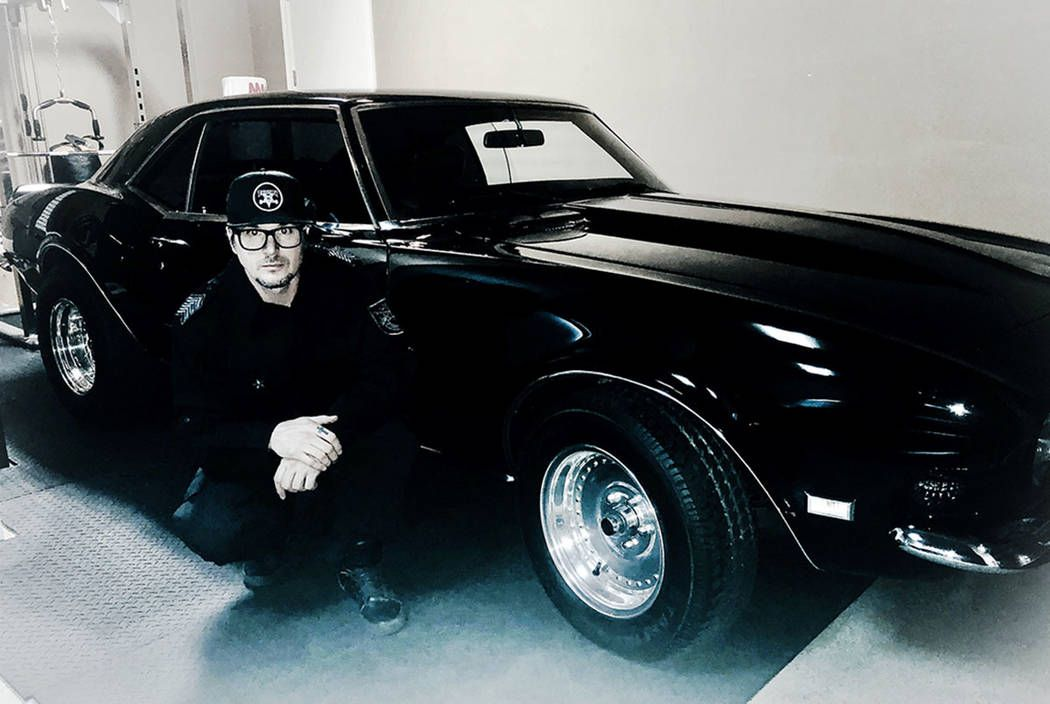 Zak Bagans Has A New Camaro One With A Cultish History Zak