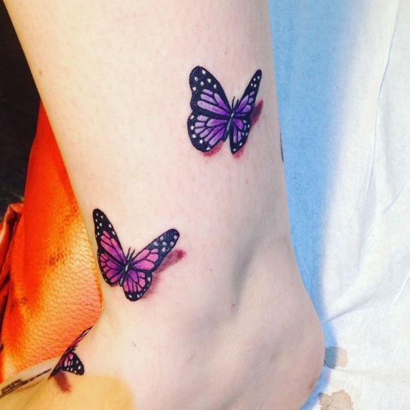 Photo of Tatouage papillon sur sa jambe – Tatouage papillon sur sa jambe – #a ….