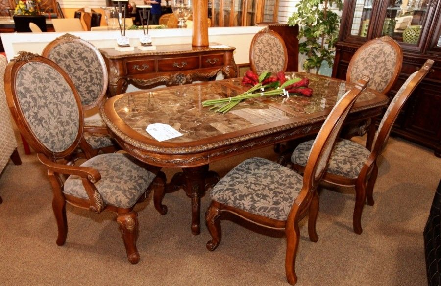 Kathy Ireland Dark Wood Dining Table W 6 Chairs Colleen S