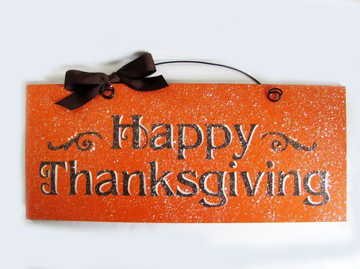 "Thanksgiving Sign. ""Happy Thanksgiving"".. $12.00, via Etsy."