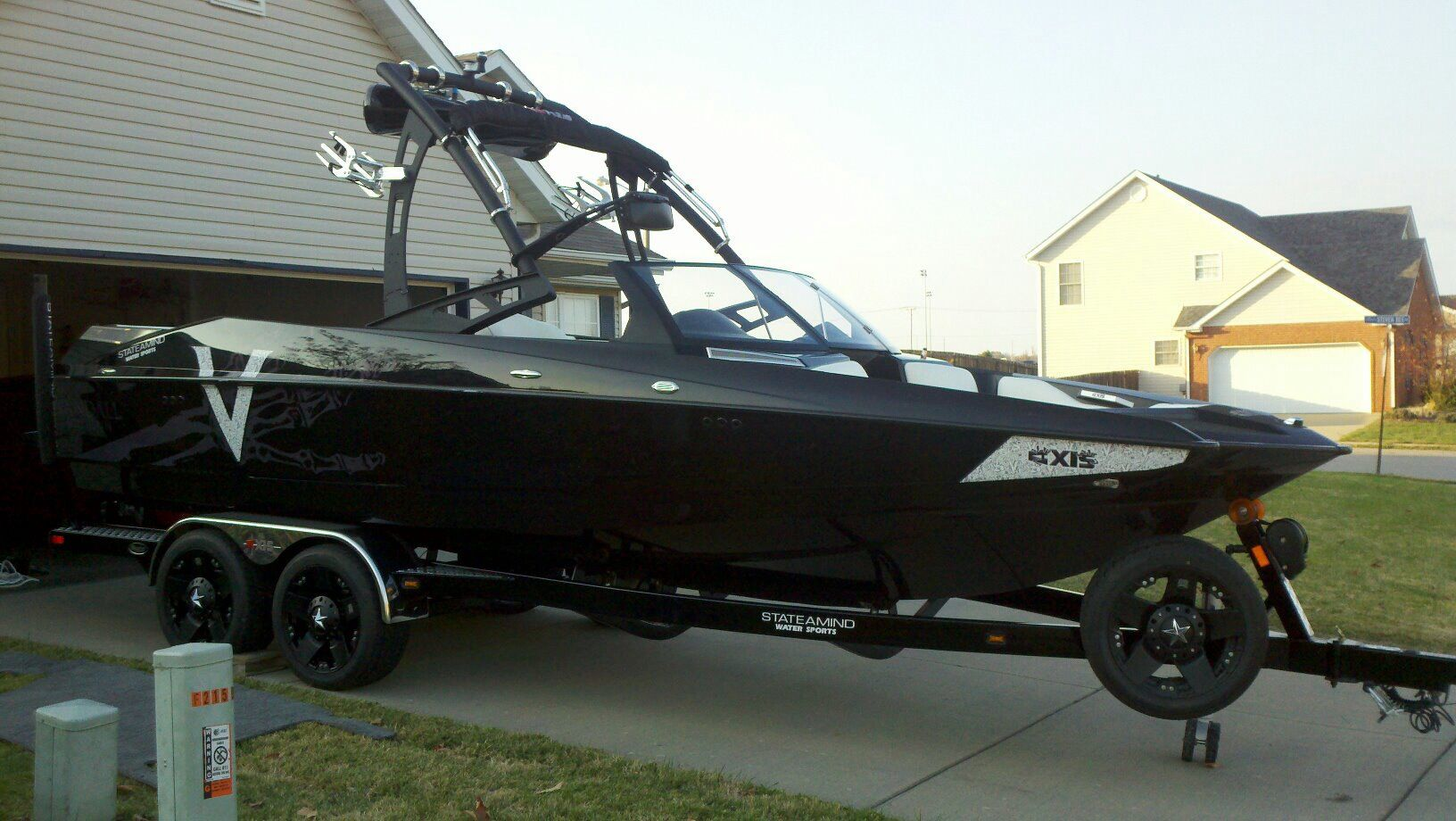 My boyfriend's brother's boat, Axis A22 Vandal Edition