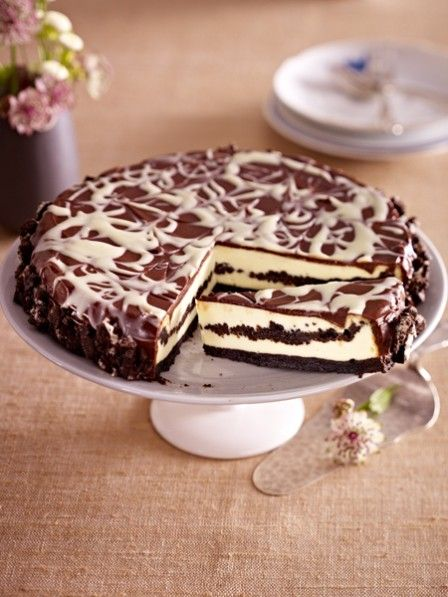 Photo of Oreo cake: Chocolate biscuit meets cheesecake | WUNDERWEIB