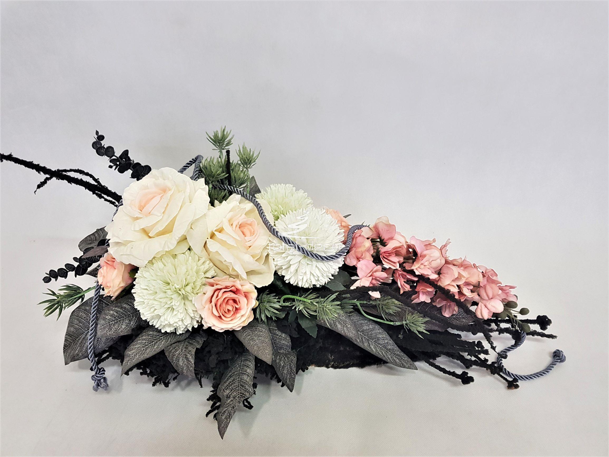 Piekna Kompozycja Nagrobna Stroiki Na Cmentarz Flower Arrangements Wreath Decor Floral Wreath