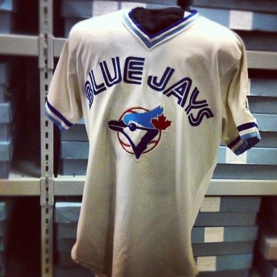 Jesse Barfields Toronto Blue Jays jersey from 1986 at the Baseball Hall of Fame.