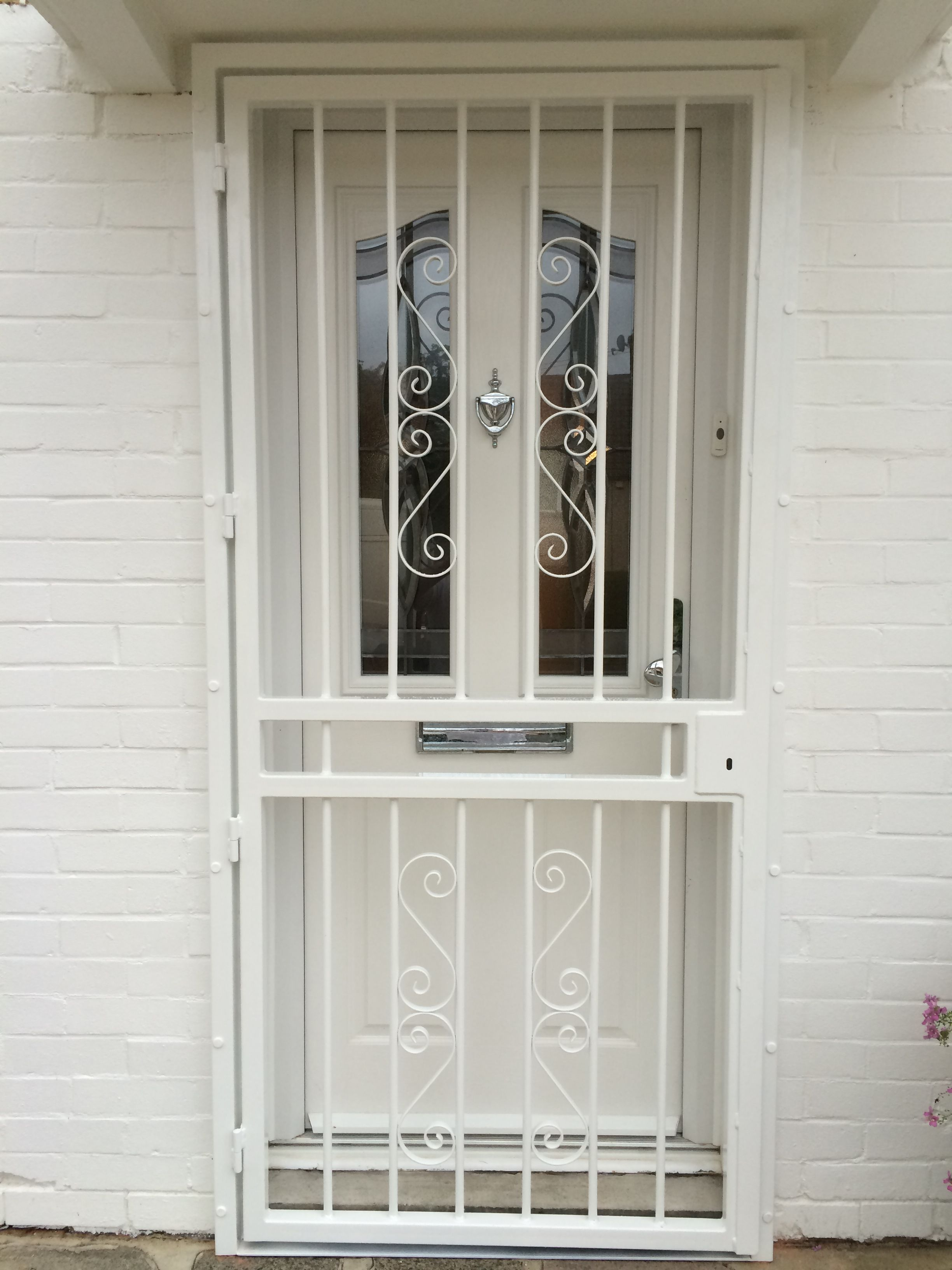 Rsg3000 Security Door Gate Fitted To The Main Door Of A Private Property In Sutton Home Window Grill Design Door Gate Design Entrance Door Design