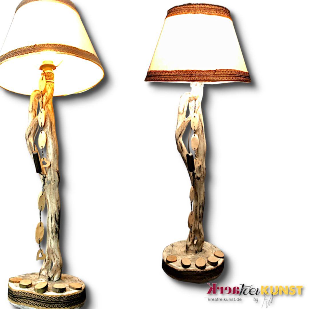 Besondere Stehlampe Aus Geschwungenem Ast Naturliche Inneneinrichtung Aus Upcycling Kunst N In 2020 Lampen Kaufen Lampenschirm Aus Stoff Naturliche Inneneinrichtung
