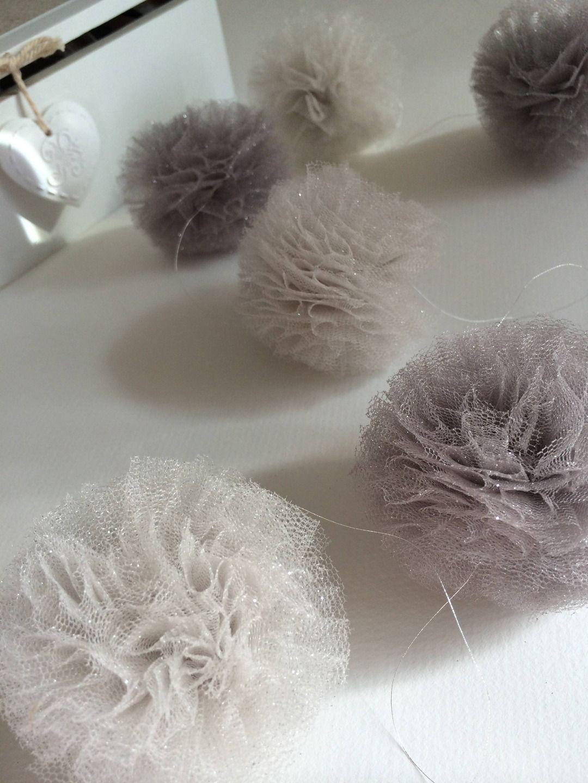 decoration guirlande boule tulle paillettes pour mariage ou bapteme d corations murales par. Black Bedroom Furniture Sets. Home Design Ideas