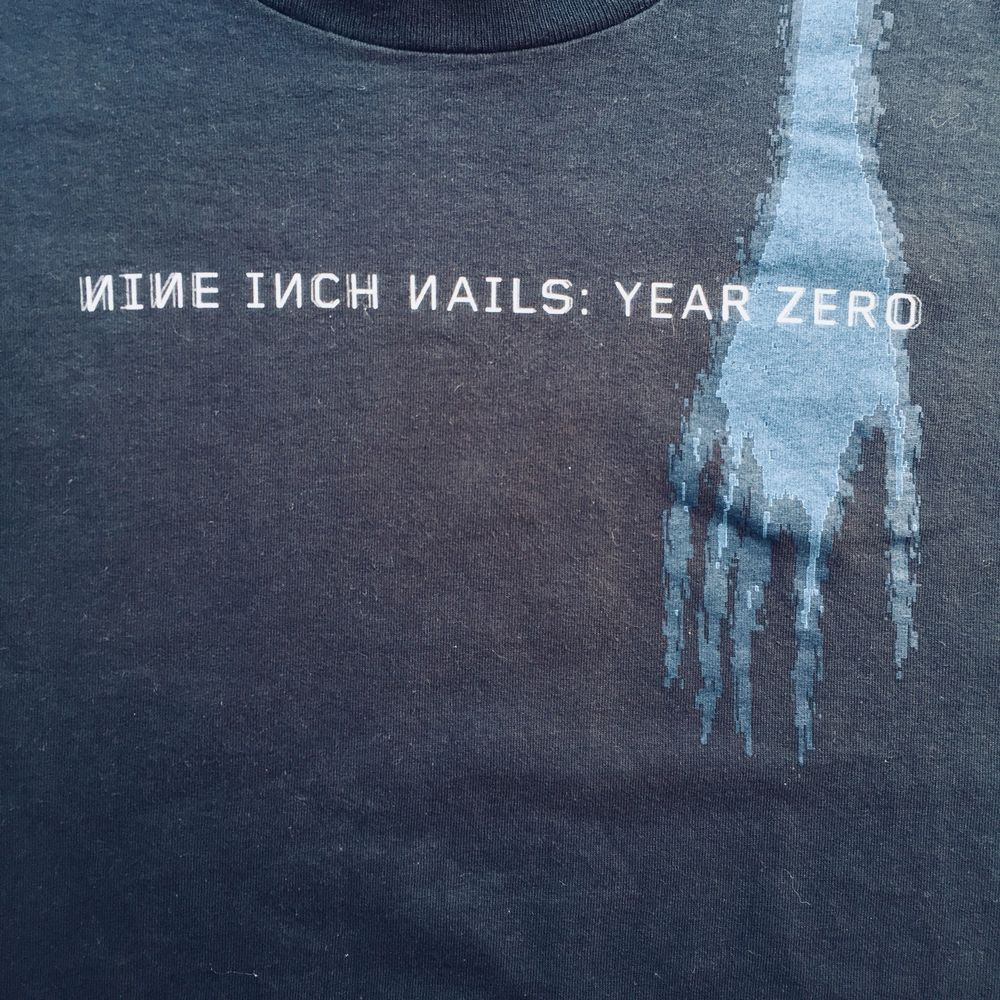 NINE INCH NAILS Year Zero Men\'s Black Tee Size Medium Looks New ...