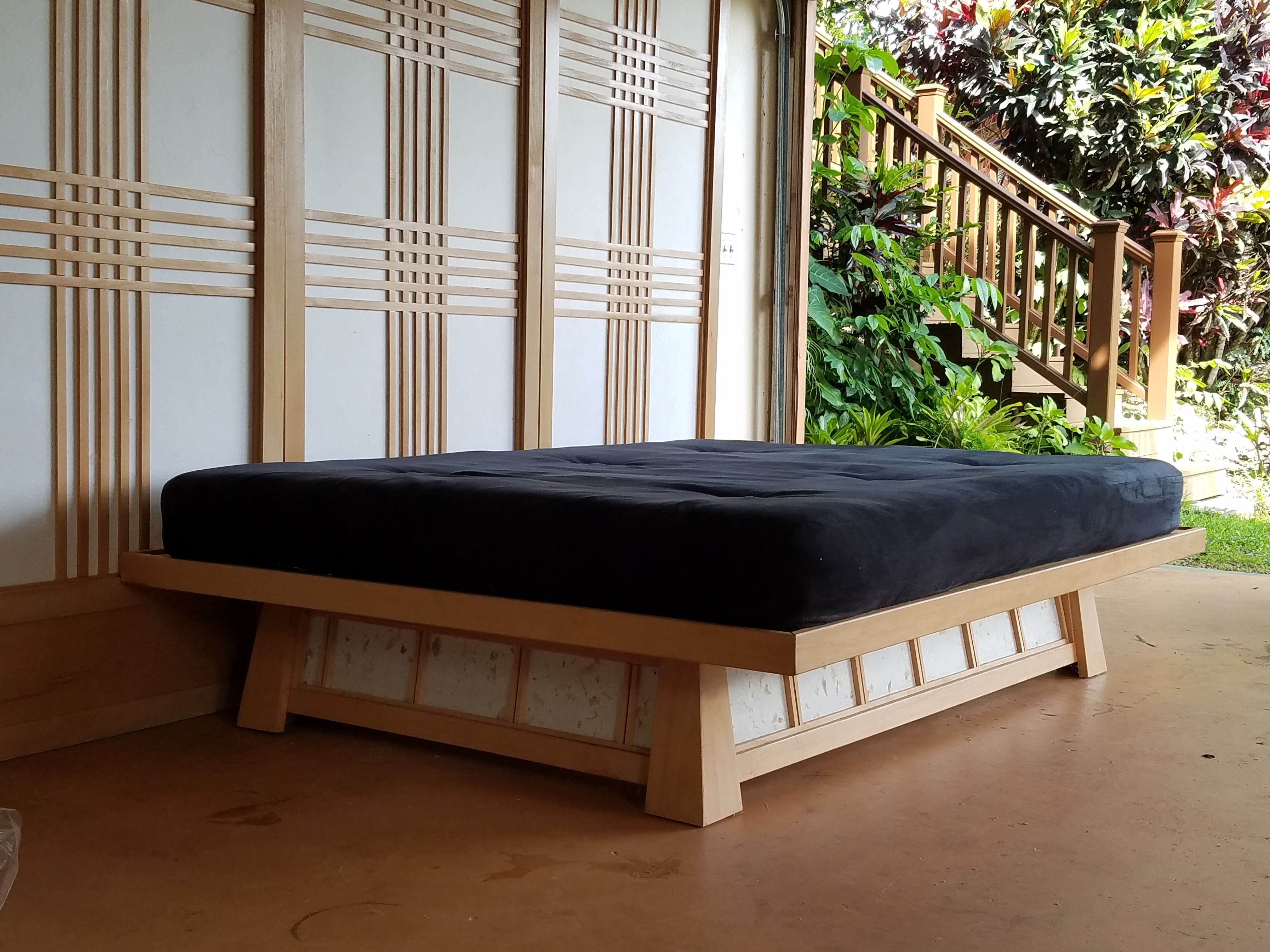 Floating platform bed with