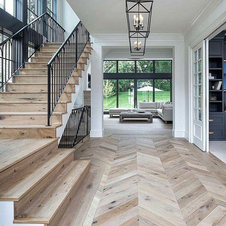 Love every detail!.. . By @jkandsons #lovefordesigns #homedesign#interiordecor#luxury#newhome#lighting#homeinspo#living#woodfloors…