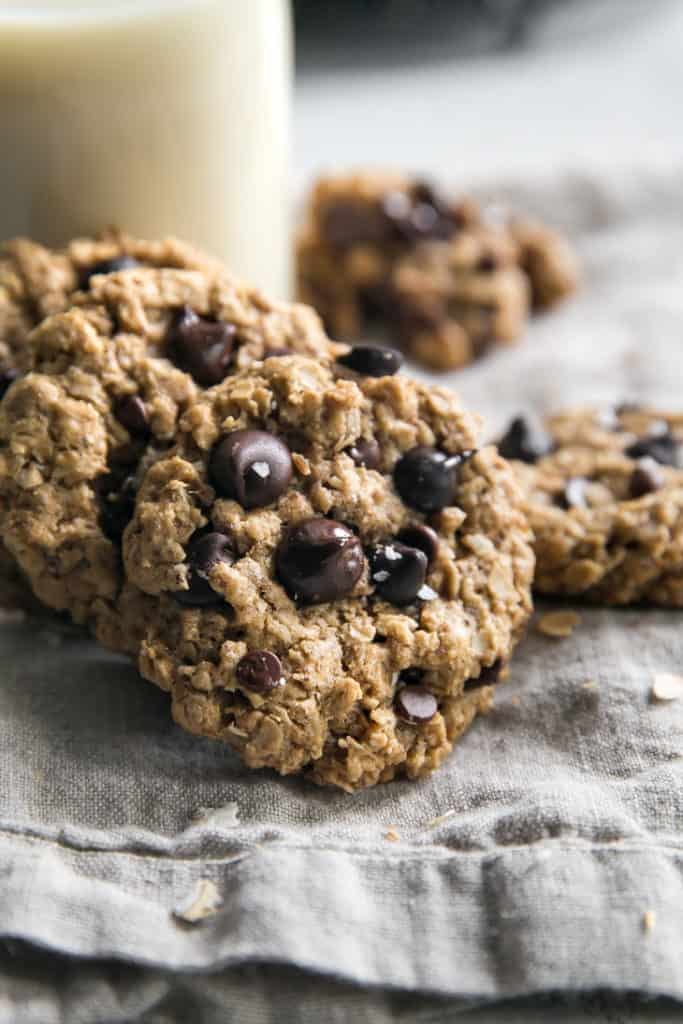 Vegan Oatmeal Chocolate Chip Cookies Fit Mitten Kitchen Recipe In 2020 Oatmeal Chocolate Chip Cookies Vegan Oatmeal Chocolate Chip Cookies Chocolate Chip Oatmeal