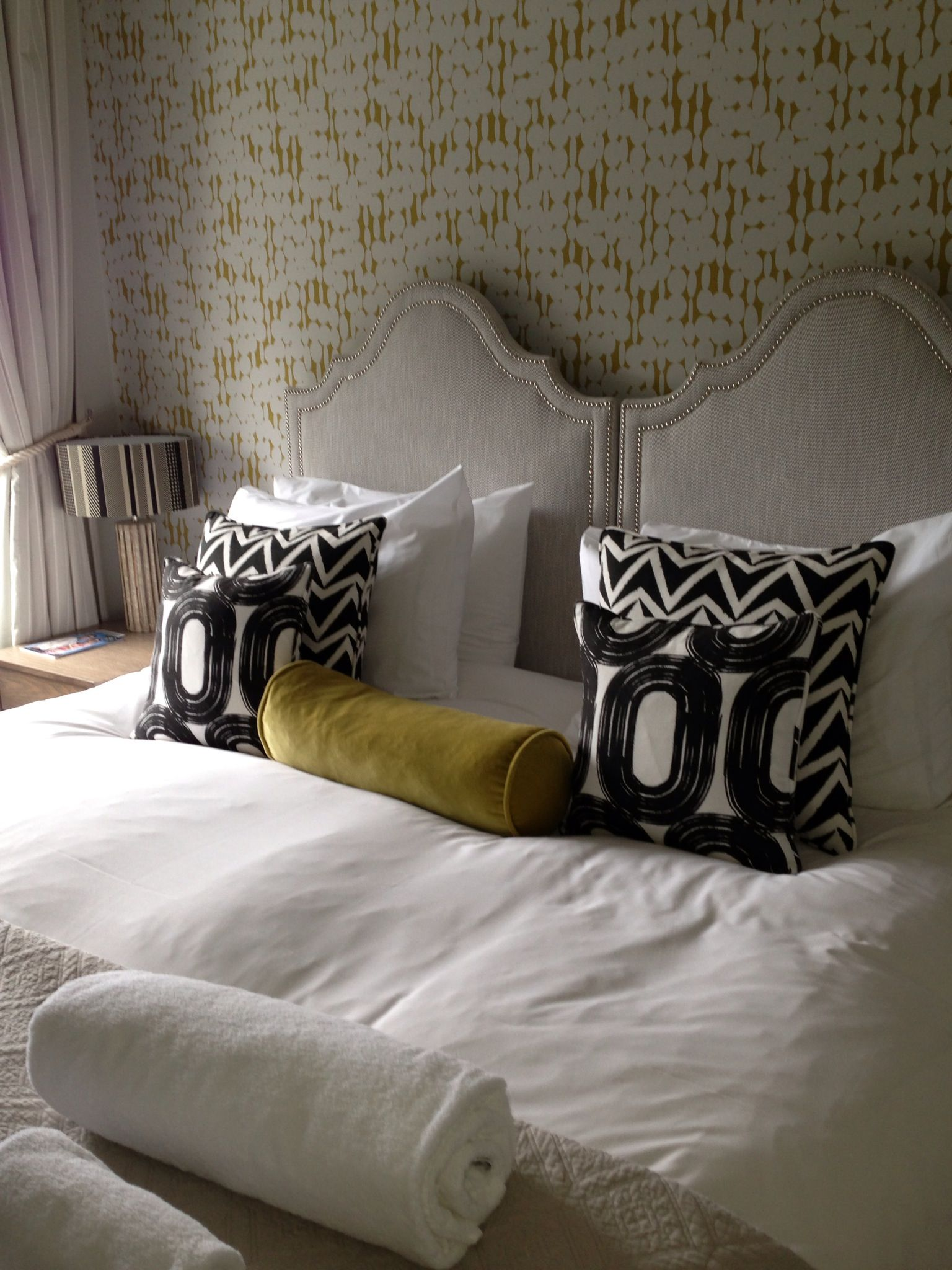 Lime green grey and black and white hotel room | Master ...