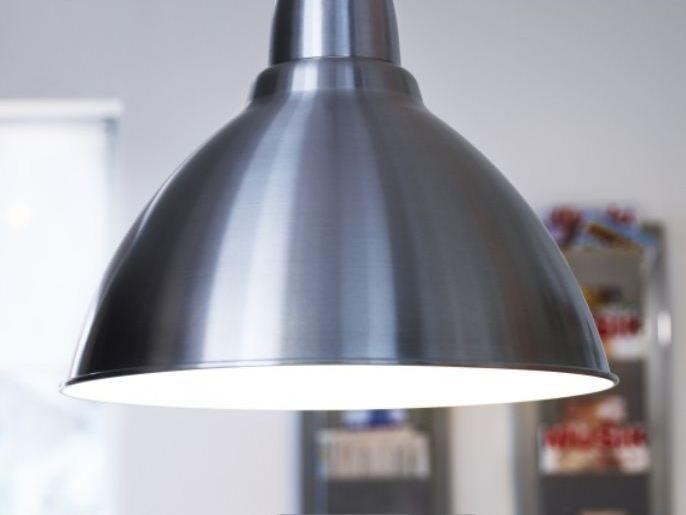 Χρειάζεται μόνο ένας λαμπτήρας LED για να μειώσετε την κατανάλωση ενέργειας έως και 85% σε σχέση με τους συμβατικούς λαμπτήρες πυρακτώσεως.
