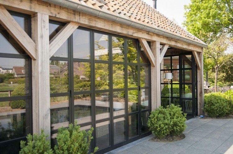 Véranda En Bois Pour Valoriser Sa Maison Et Augmenter Lespace - Porte placard coulissante jumelé avec serrurier paris 75004