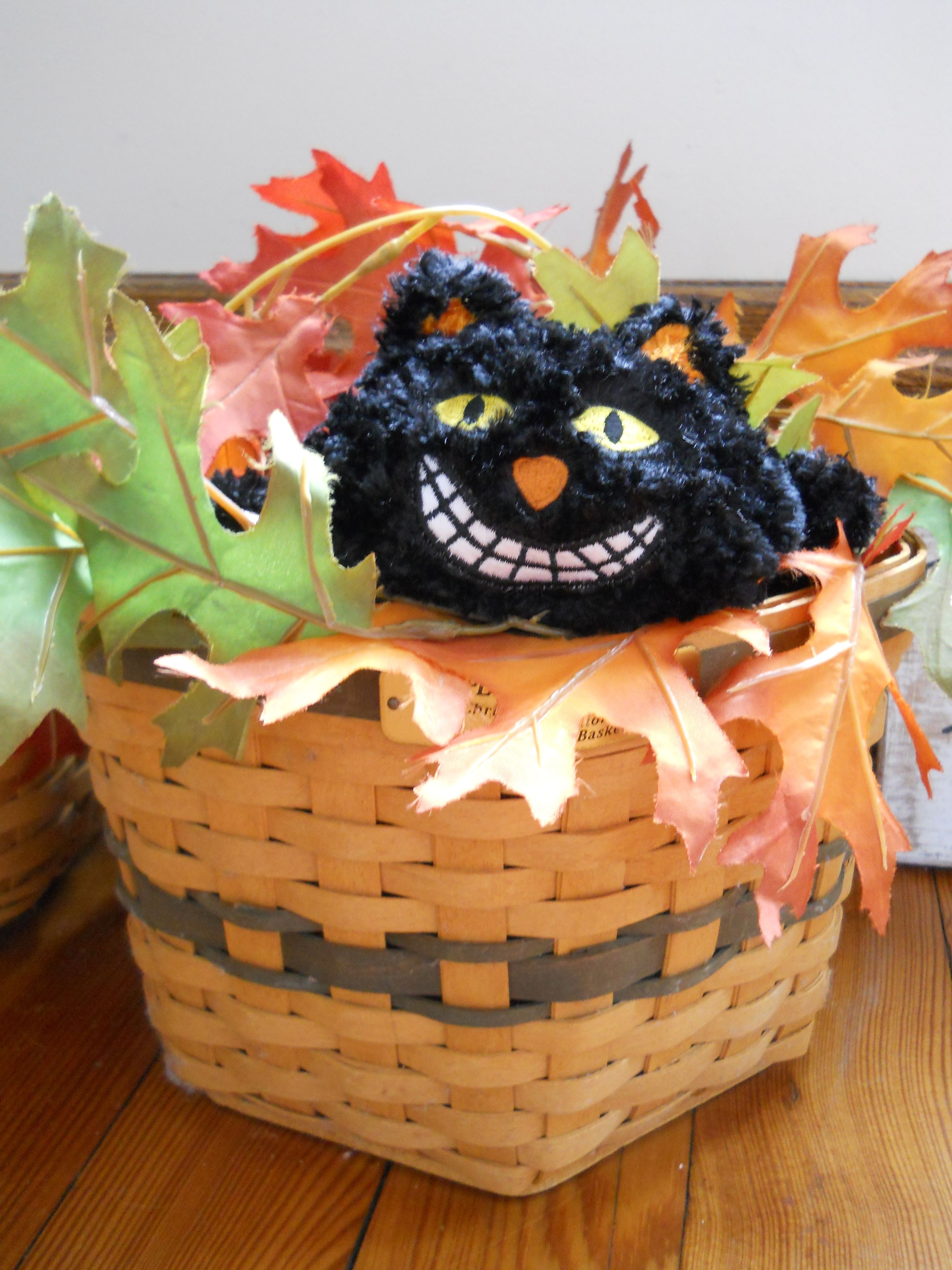 Fall decoration - my Halloween Cheshire cat in Longaberger basket ...
