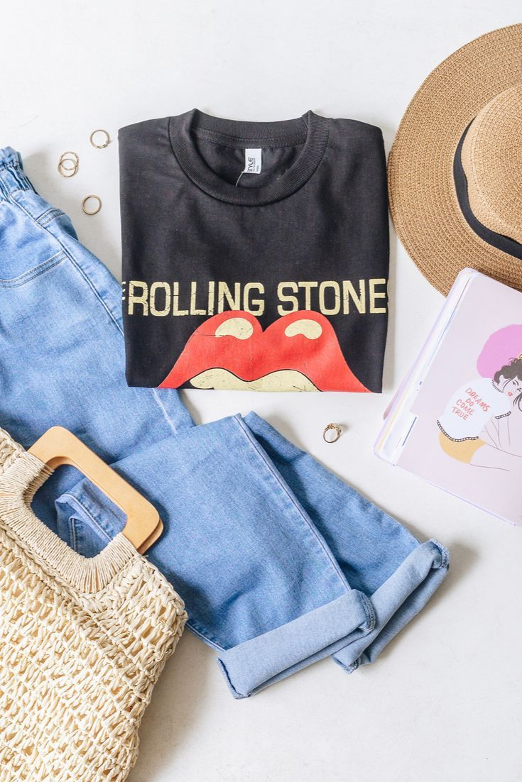 Black rolling stones band tee Black rolling stones band tee