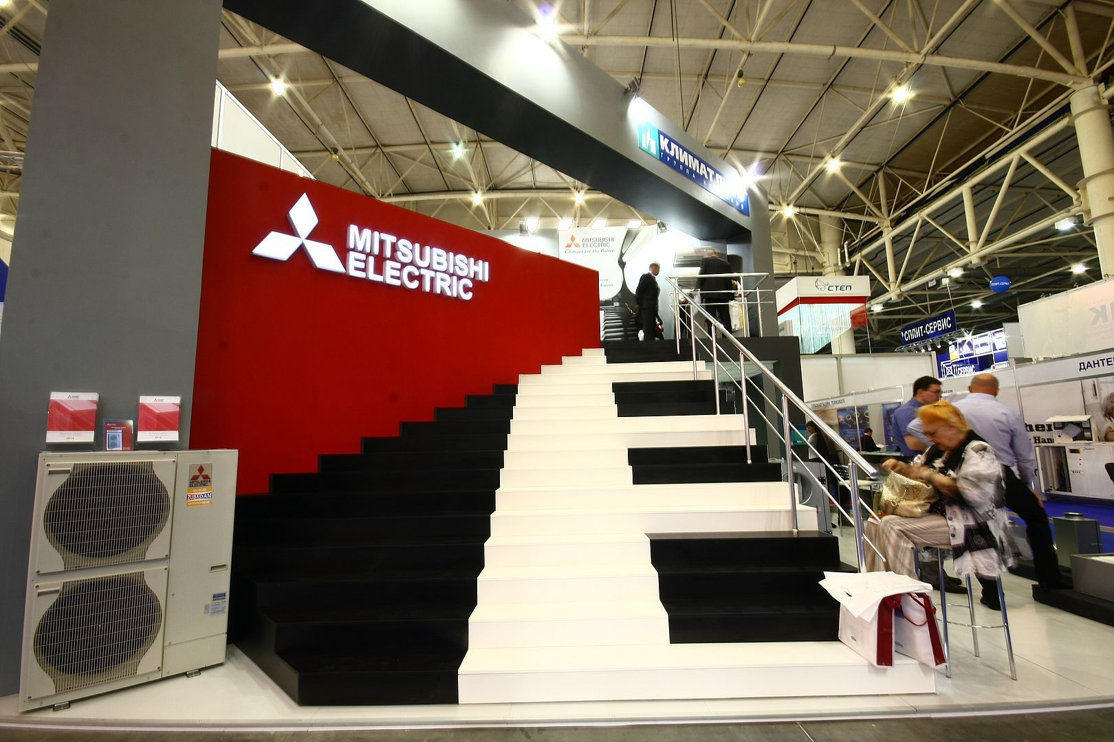 #alpacaexpogroup #mitsubishielectric #standdesign #exhibitionstand #exhibitionbooth #customstand #customstands #custommadestand #tailoredstand