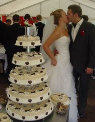 Ice cream wedding cake - maybe with red hearts?