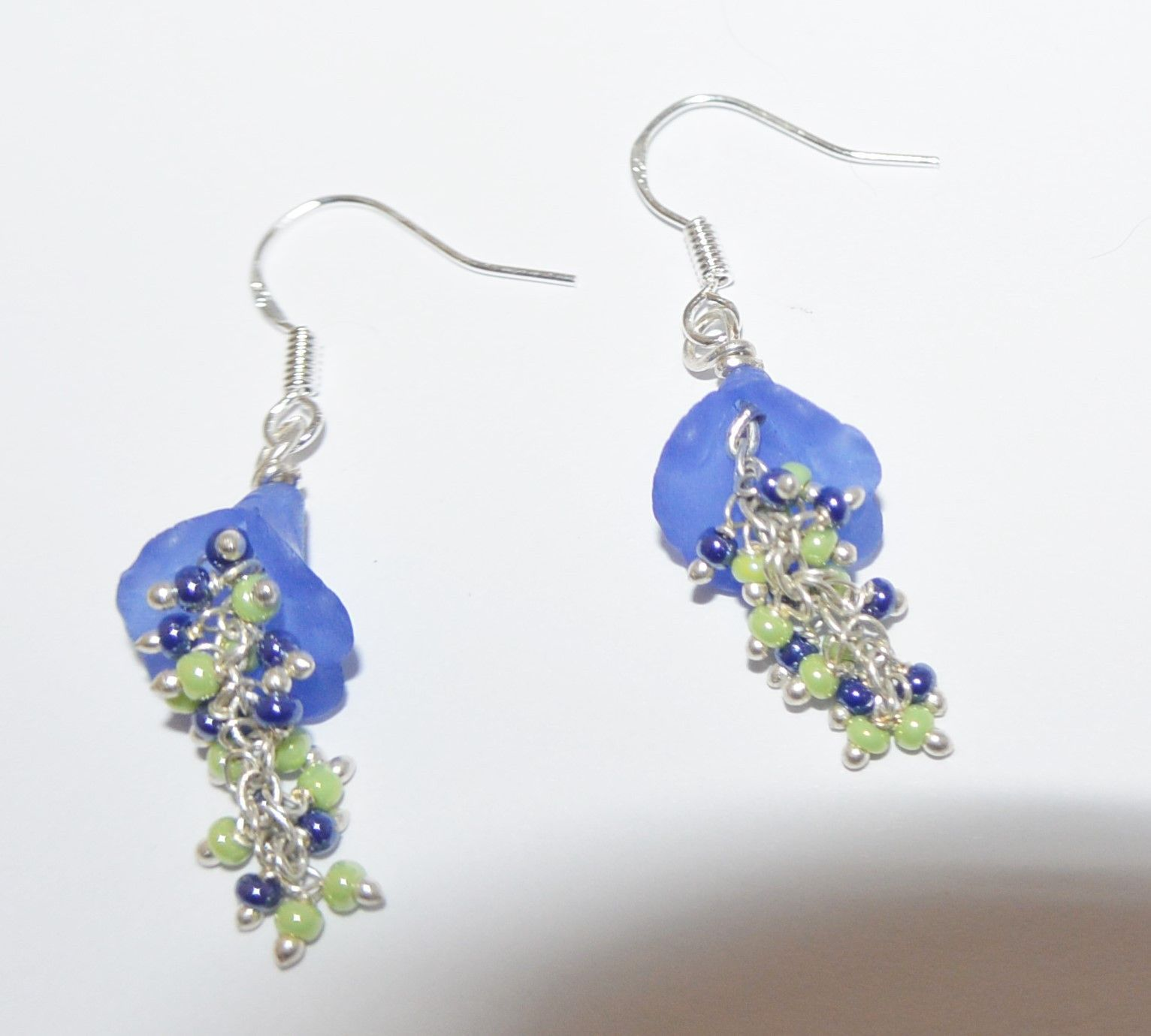 Dangle blue flower earrings