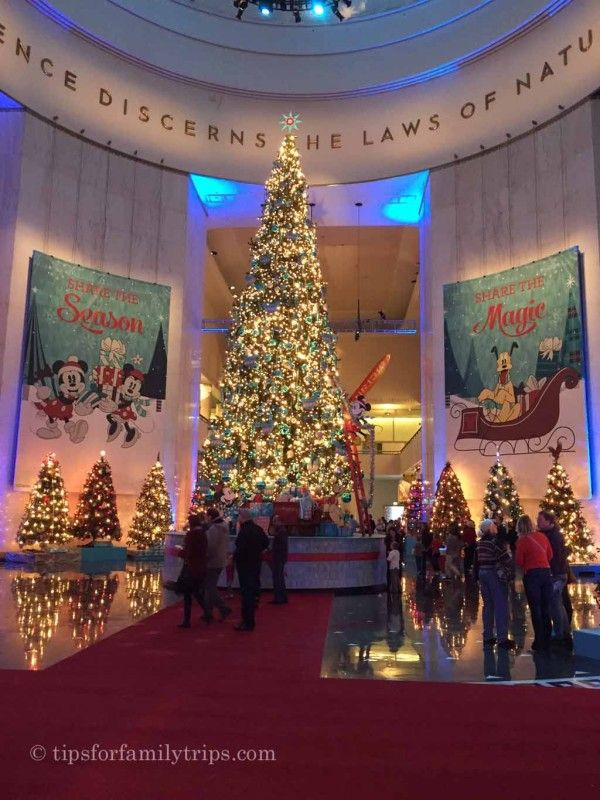 best christmas destinations for families in the usa tips for family trips