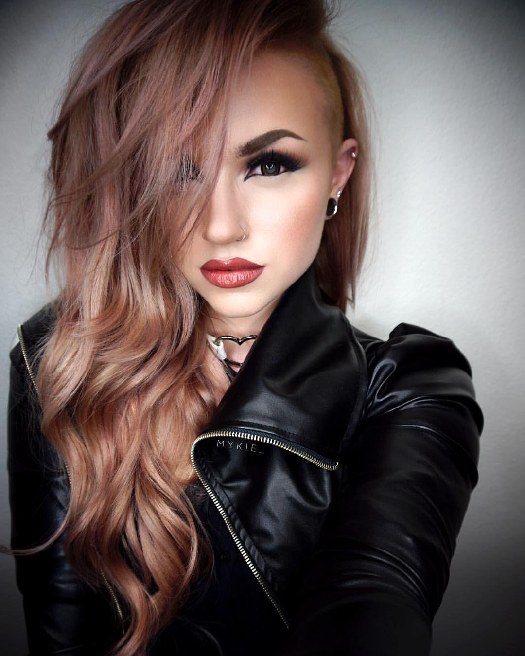 Sidecut   Half shaved hair, Hair inspiration, Hair