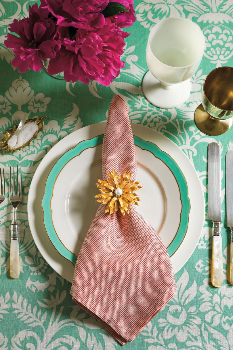 how to fold napkins into napkin rings