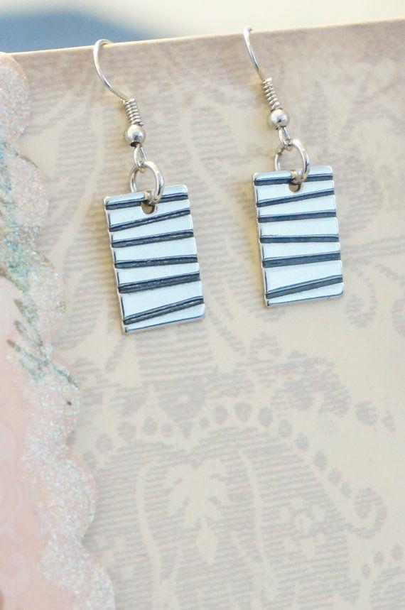 Small+Rectangular+Earrings+by+KaliKJewelry+on+Etsy,+$6.00