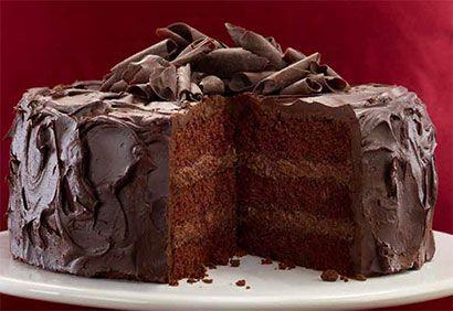 Gateau avec de la ganache au chocolat