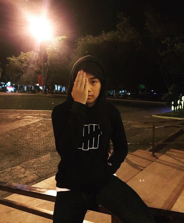 Gambar Fotografi Remaja Oleh Yayetis Rytyai Igaℓa Pada Wowok Gambar