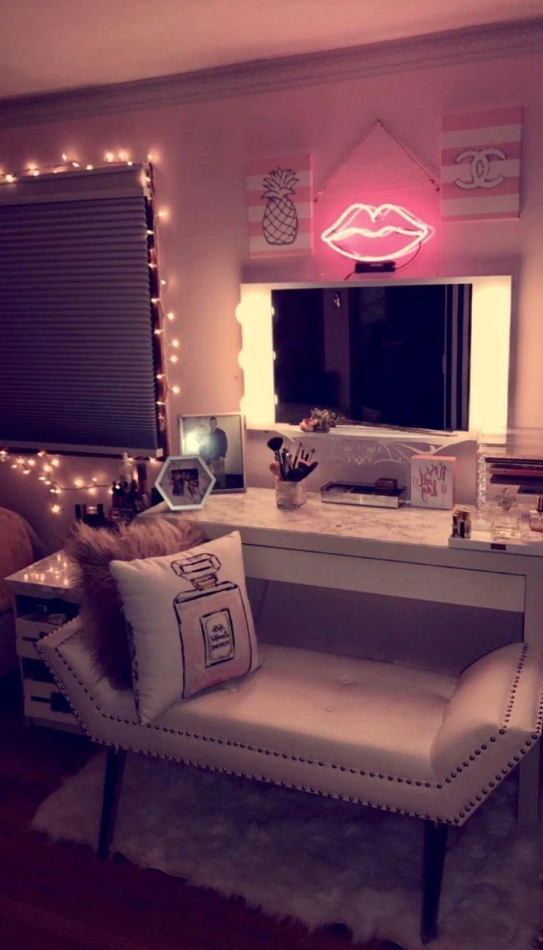 40 Vibey Room Decors Bedroom Decor Room Ideas Bedroom Redecorate Bedroom