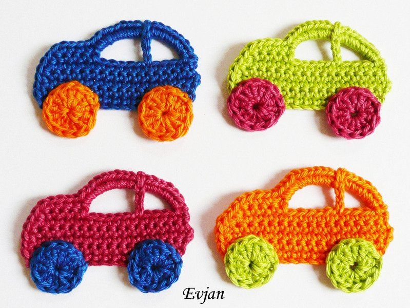 Häkelapplikationen - ♥ Vier bunte Autos ♥ - ein Designerstück von Evjans bei DaWanda