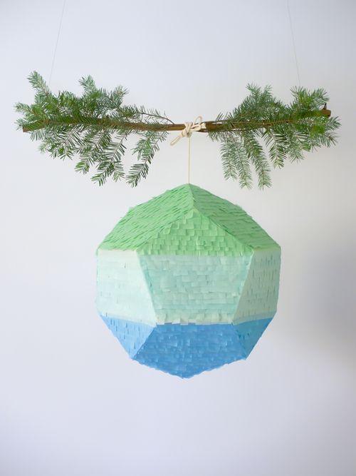 geometric pinata | Piñatas