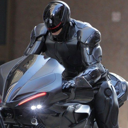 Abbie Cornish Says RoboCop Remake Kicks Ass -- The actress thinks fans will get much more than they expect with director Jose Padilha's action remake, in theaters next February. -- http://wtch.it/rqxWB