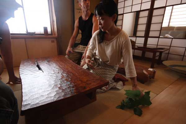 Japanese Craftsmen Led Team To Build Tea House Beautiful Table And Work